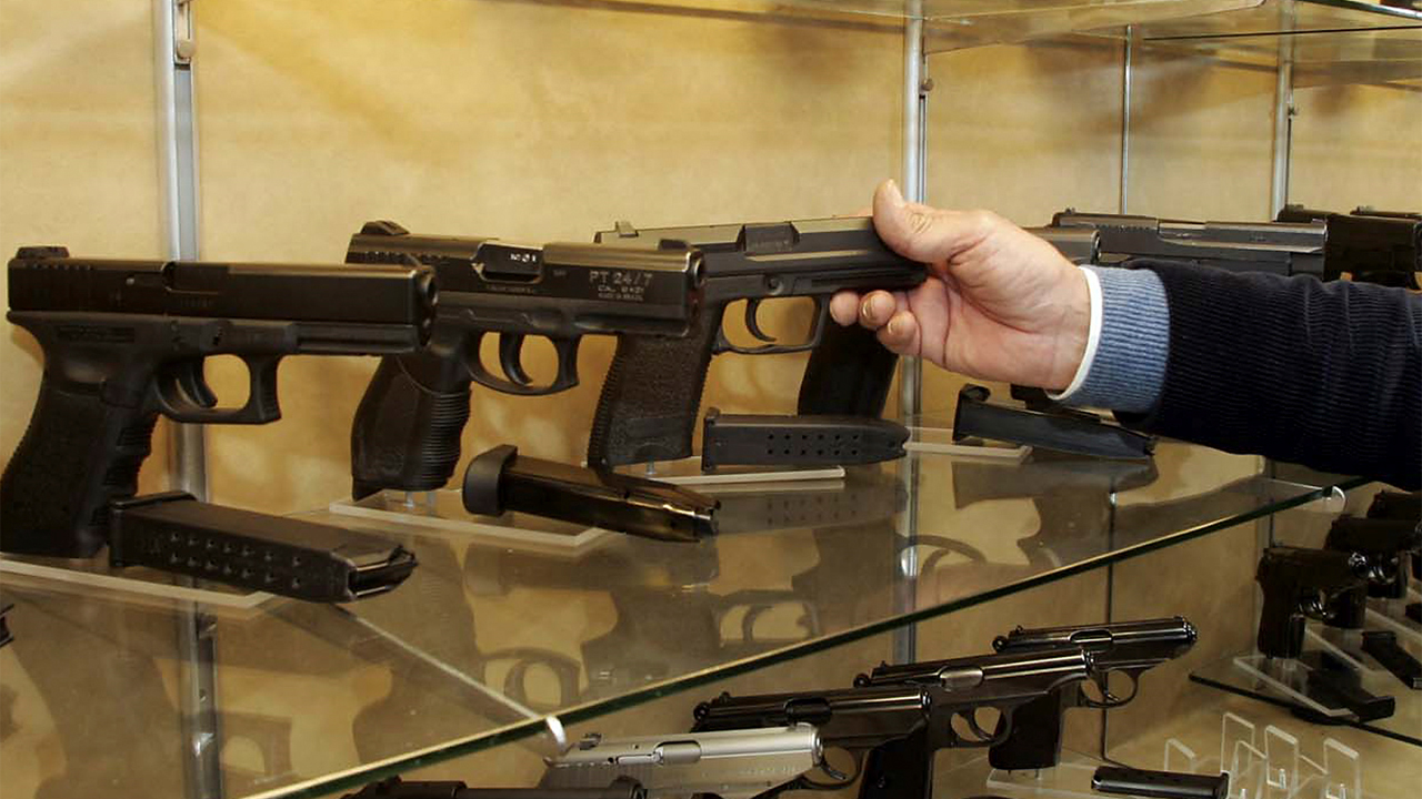 Critics shoot holes in widely cited gun study