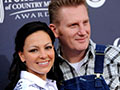 Rory Feek brings in-laws to CMA Awards