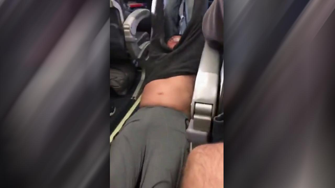 Social media outrage pours out over United Airlines incident