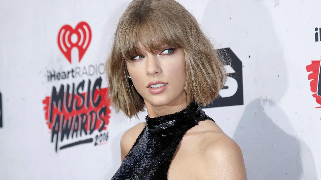 Taylor Swift groping trial: What you need to know