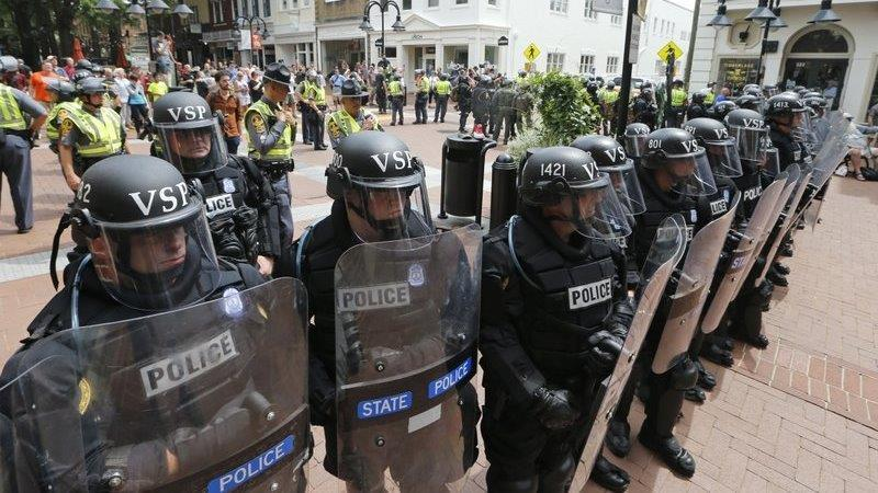 Lawsuit targets police 'standing down' in Charlottesville