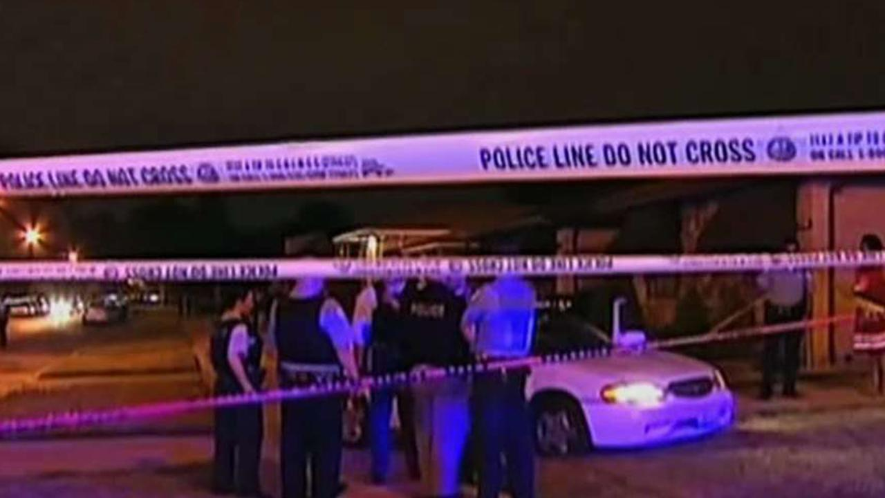 What can be done to reduce the violence in Chicago?