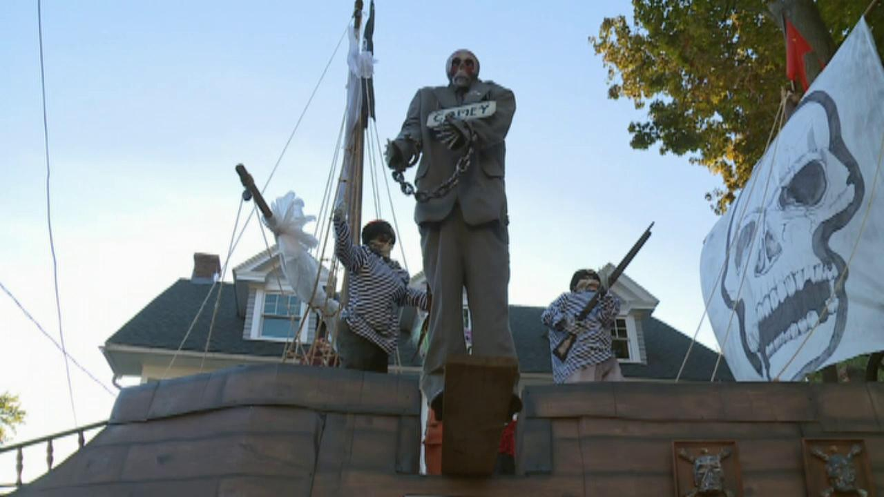 Connecticut professor puts up lavish anti-Trump Halloween display