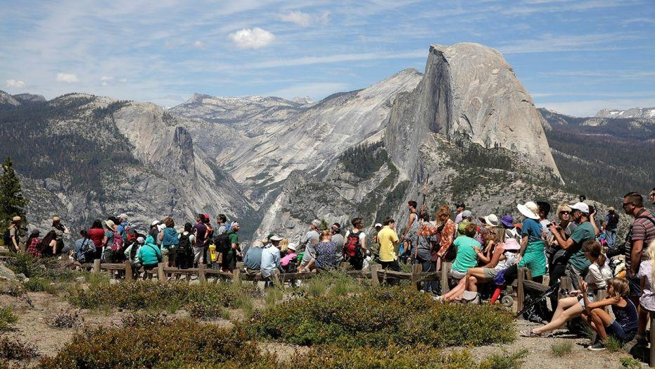 National Park Service considering hiking entry fees