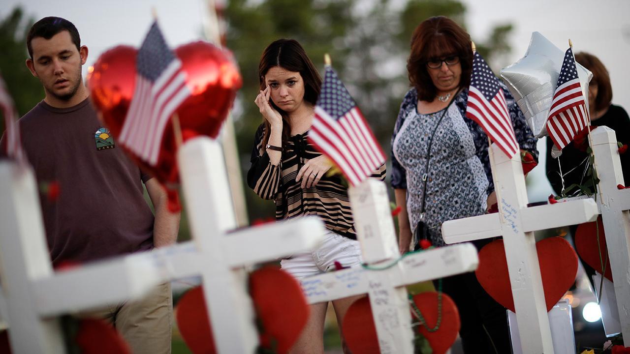 Las Vegas shooting survivors search for answers