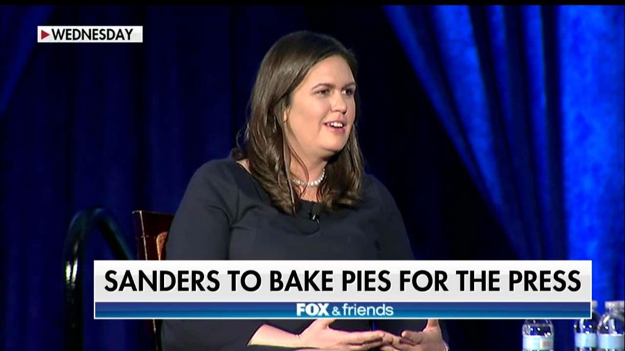Sarah Sanders says she'll bake pies for reporters.