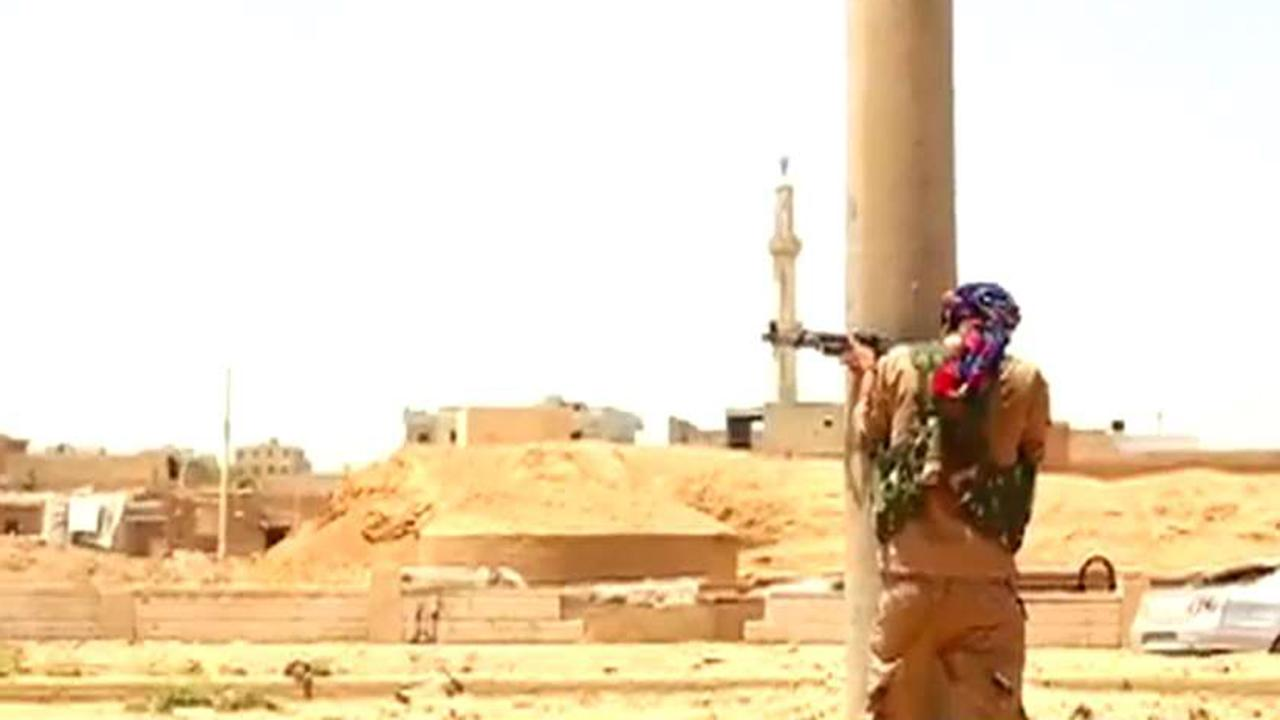 ISIS loses strongholds in Iraq and Syria