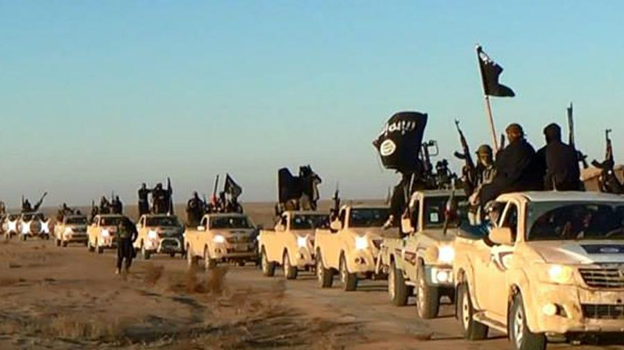 ISIS fighters seen fleeing to Assad-controlled areas
