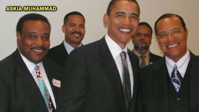 Obama with Farrakhan in 2005: The hidden pic