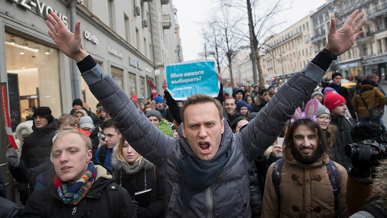 Russian opposition leader Navalny arrested during protests