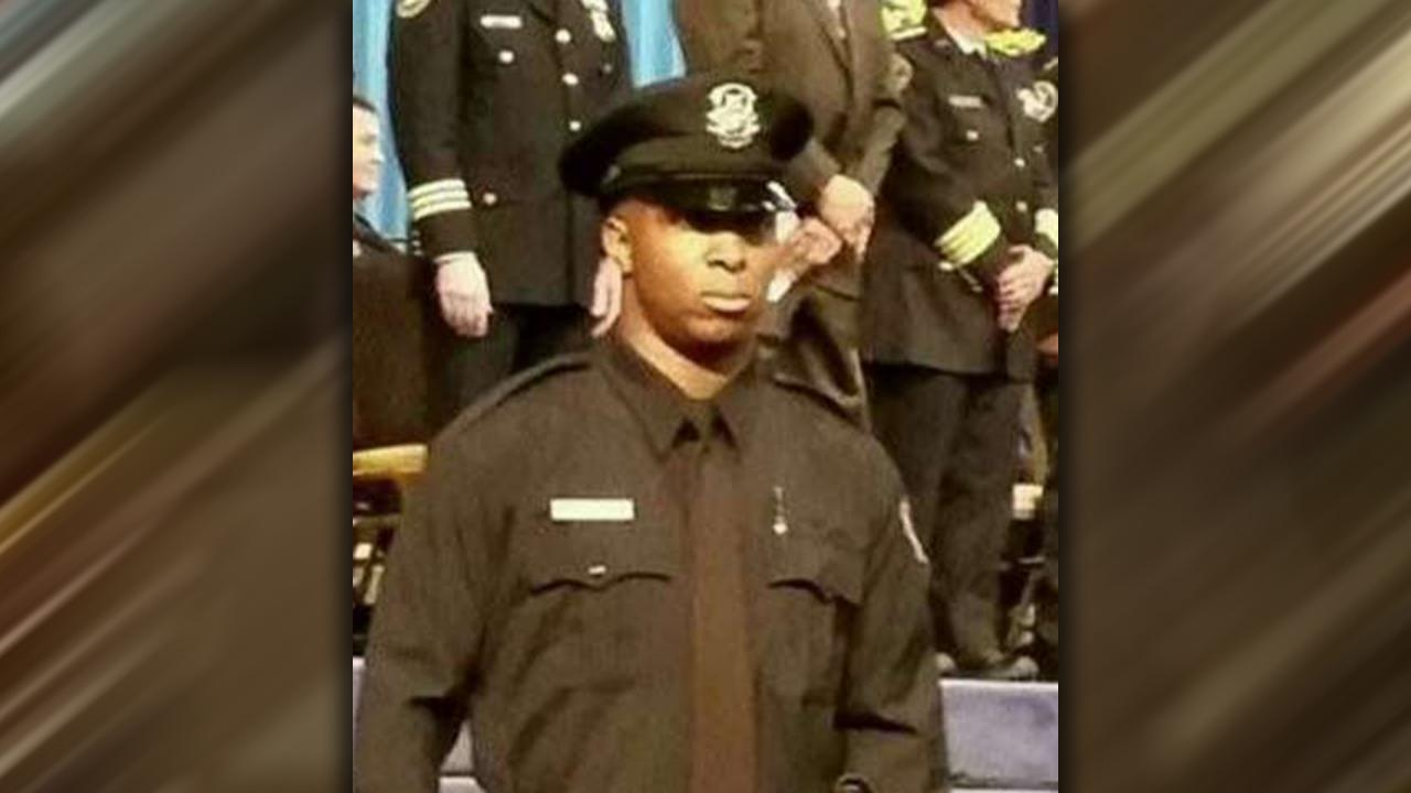 Detroit police officer shot on duty dies from wounds