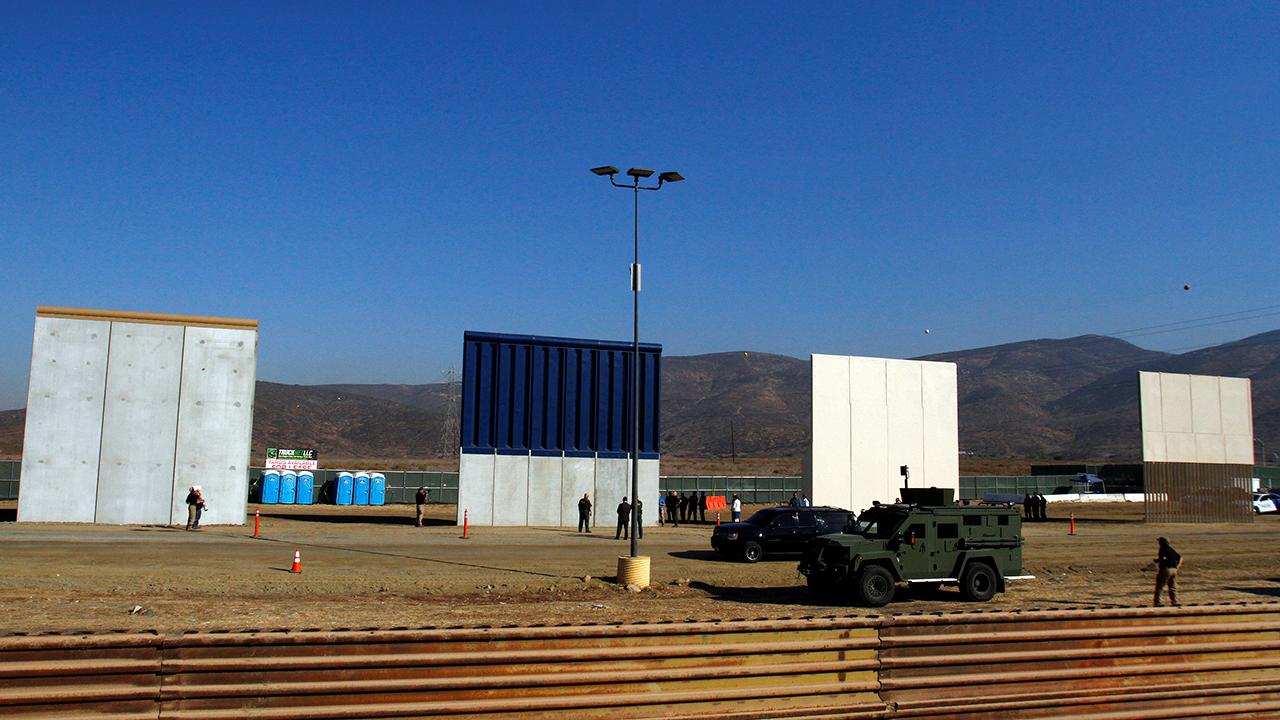 US commandos test border wall prototypes