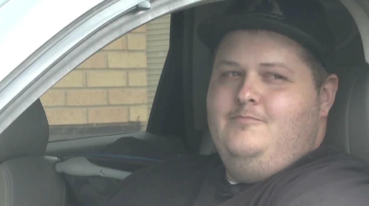 Good Samaritan helps assaulted police officer