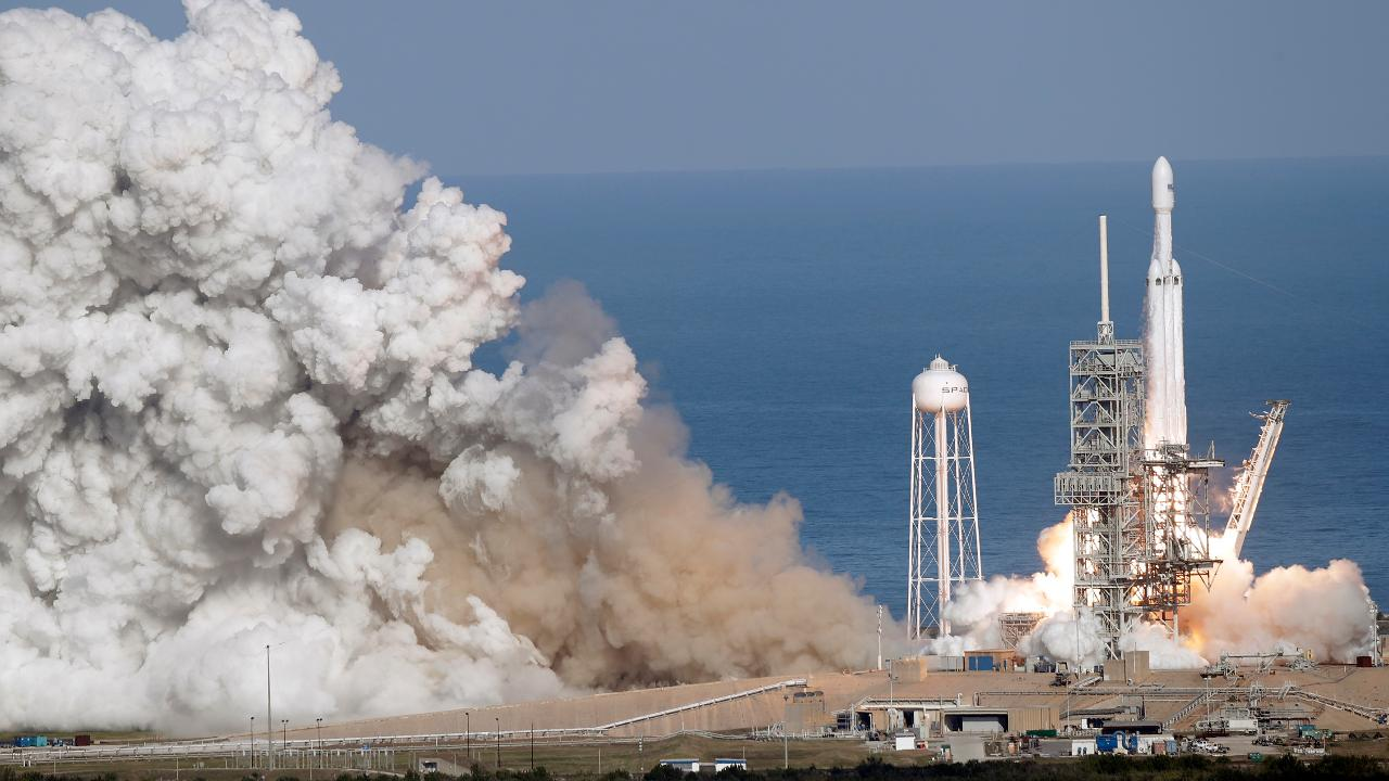 SpaceX Falcon Heavy rocket launches successfully | Fox News