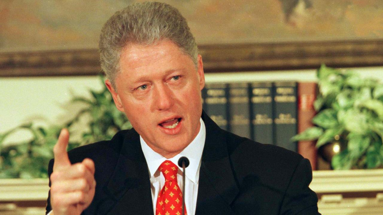 'Scandalous' preview: Bill Clinton denies Lewinsky affair