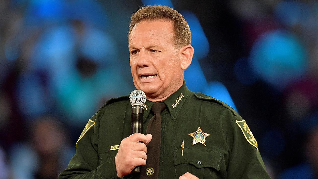 Growing calls for Broward County sheriff to resign