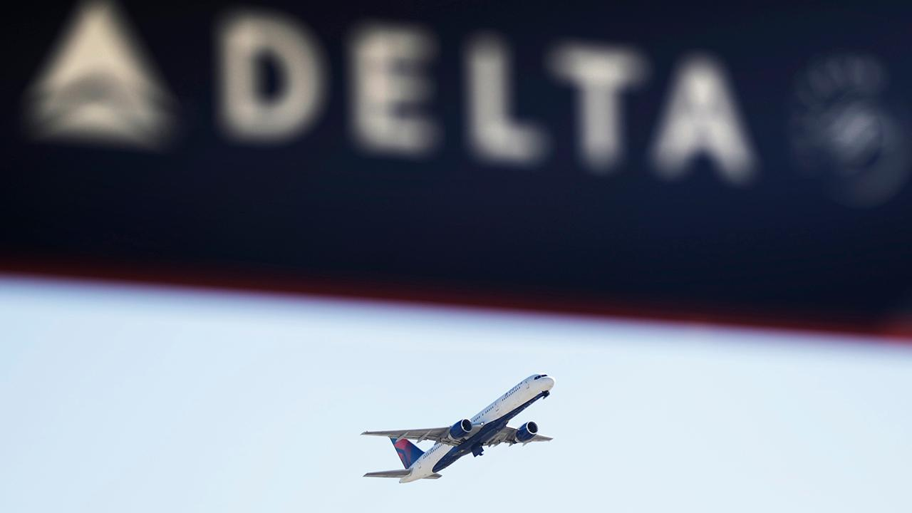 Democratic governors of other states invite airline to relocate its headquarters amid dispute with Georgia over the NRA.