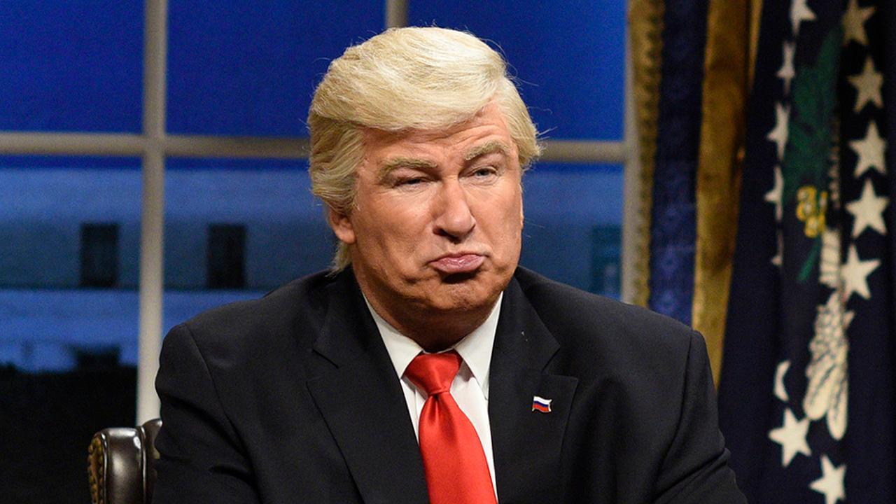 Alec Baldwin tires of Trump