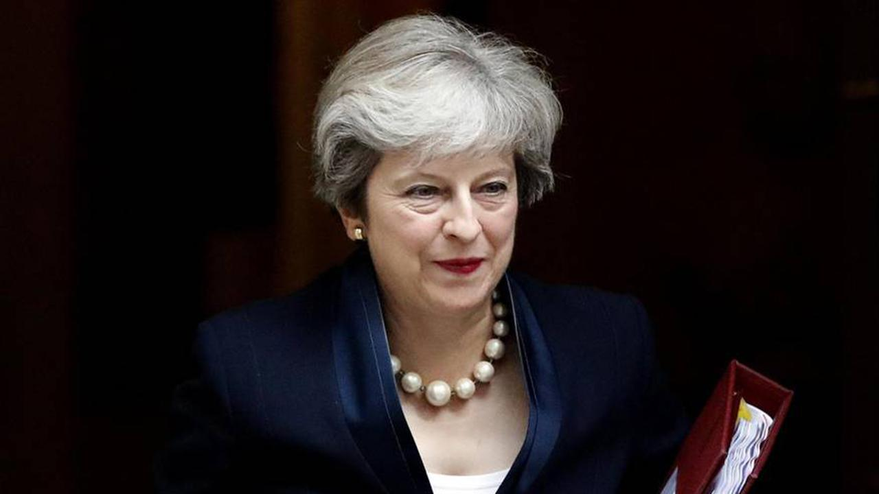 Theresa May issues stern ultimatum to Russia after ex-spy poisoning, but what can UK do?