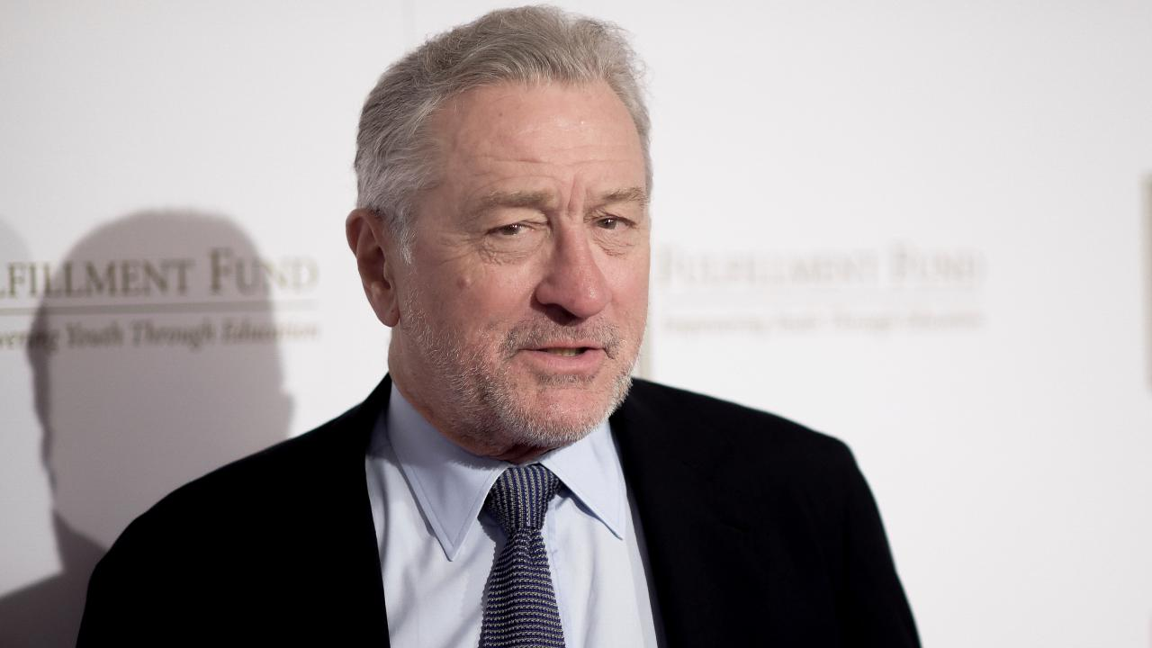 Robert De Niro slams Trump: 'He's still an idiot'