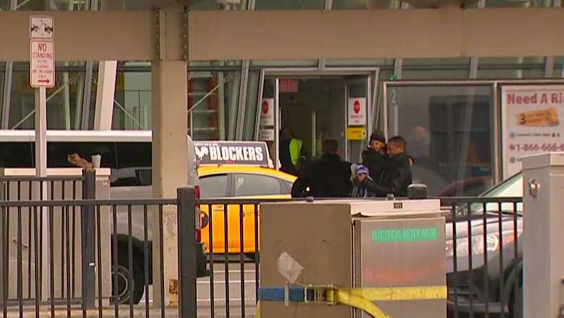 'Violent deportee' escapes from ICE custody at JFK