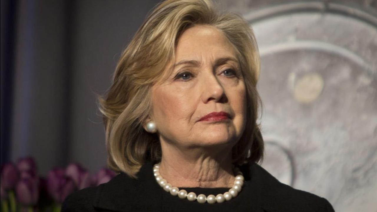 FBI doubles staff handling GOP requests on Clinton probe