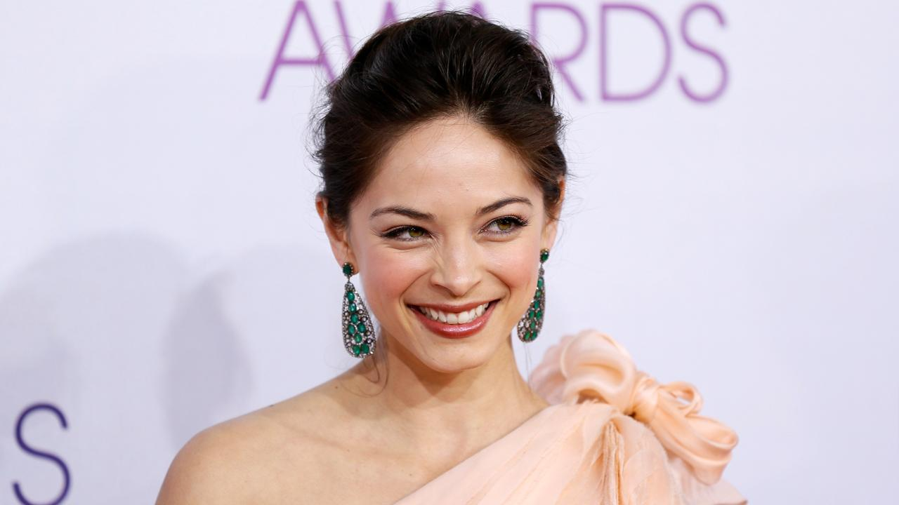 'Smallville's' Kristin Kreuk denies recruiting 'sex slaves'