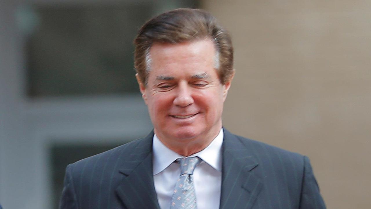 Gov't memo shows Manafort was early target for Mueller
