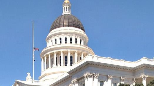 More California cities vote to fight state's sanctuary laws