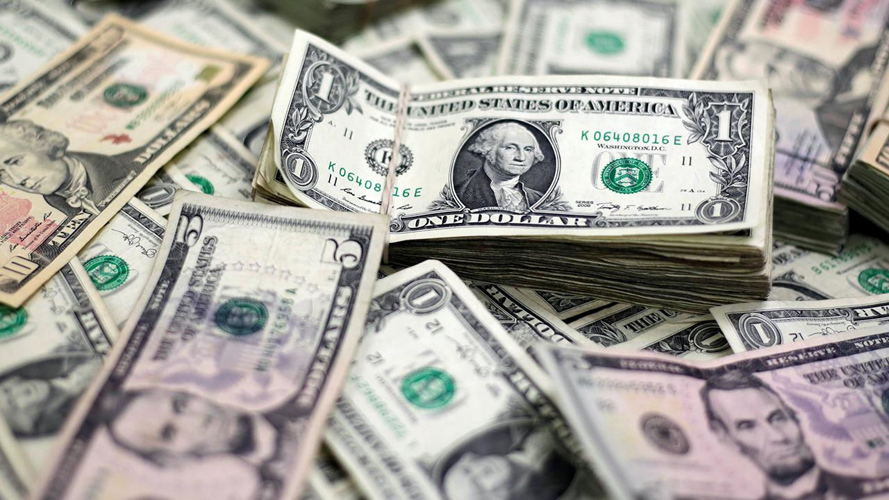 Average American household pays $26,000 in taxes