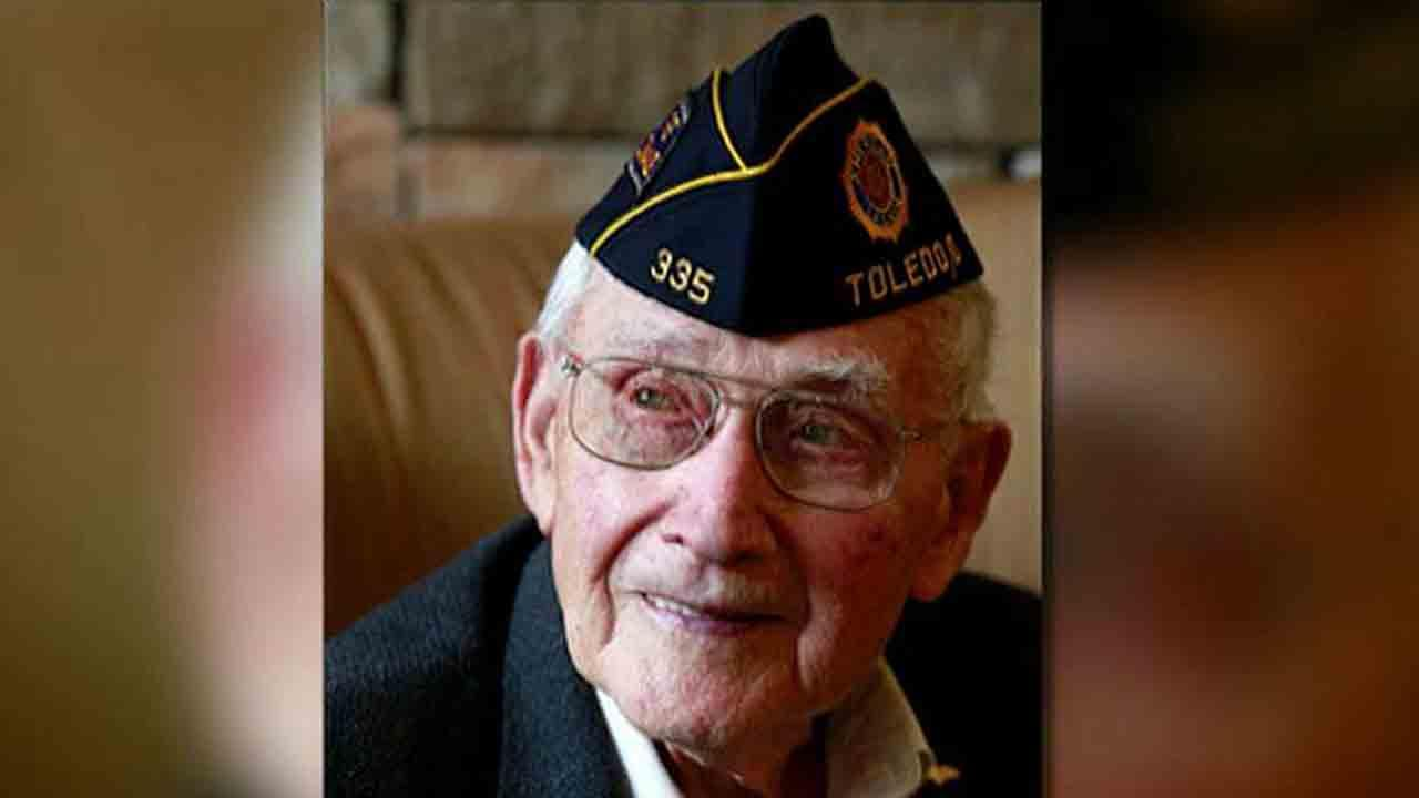 World War II veteran will graduate college