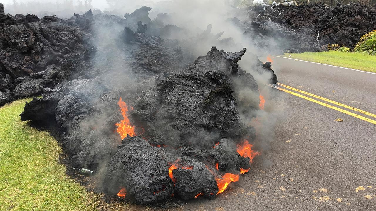Volcanic eruptions continue on Hawaii's Big Island