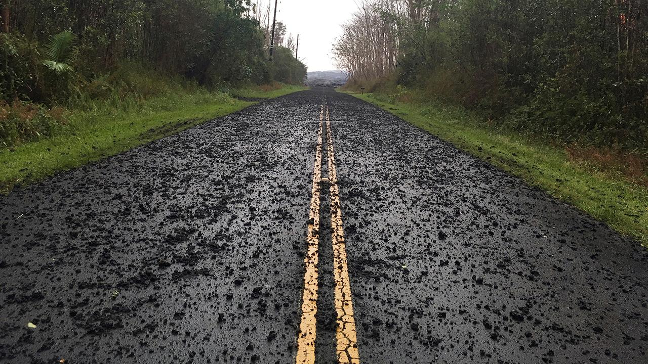 Lava from volcano reaches major highway in Hawaii