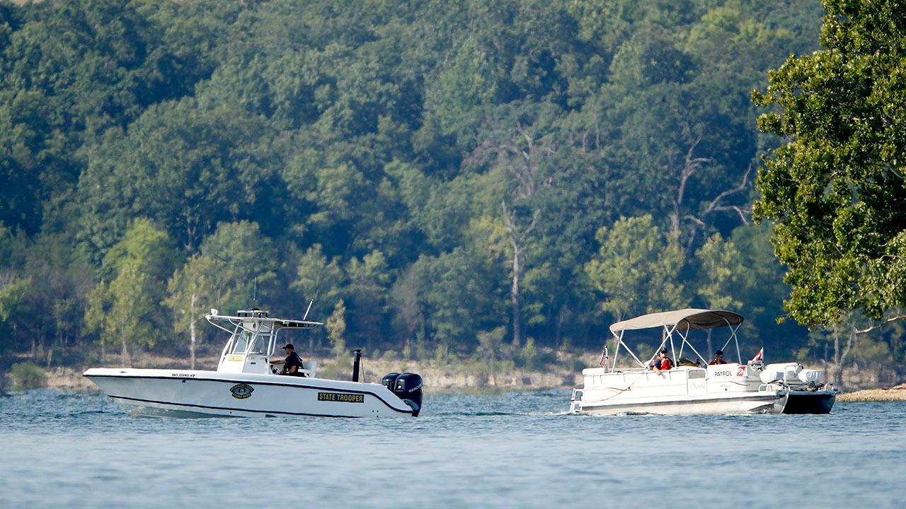 17 killed in Missouri tourist boat accident