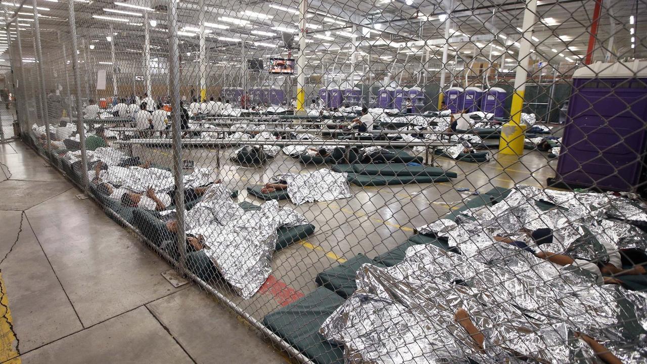Officials rush to reunite migrant families ahead of deadline