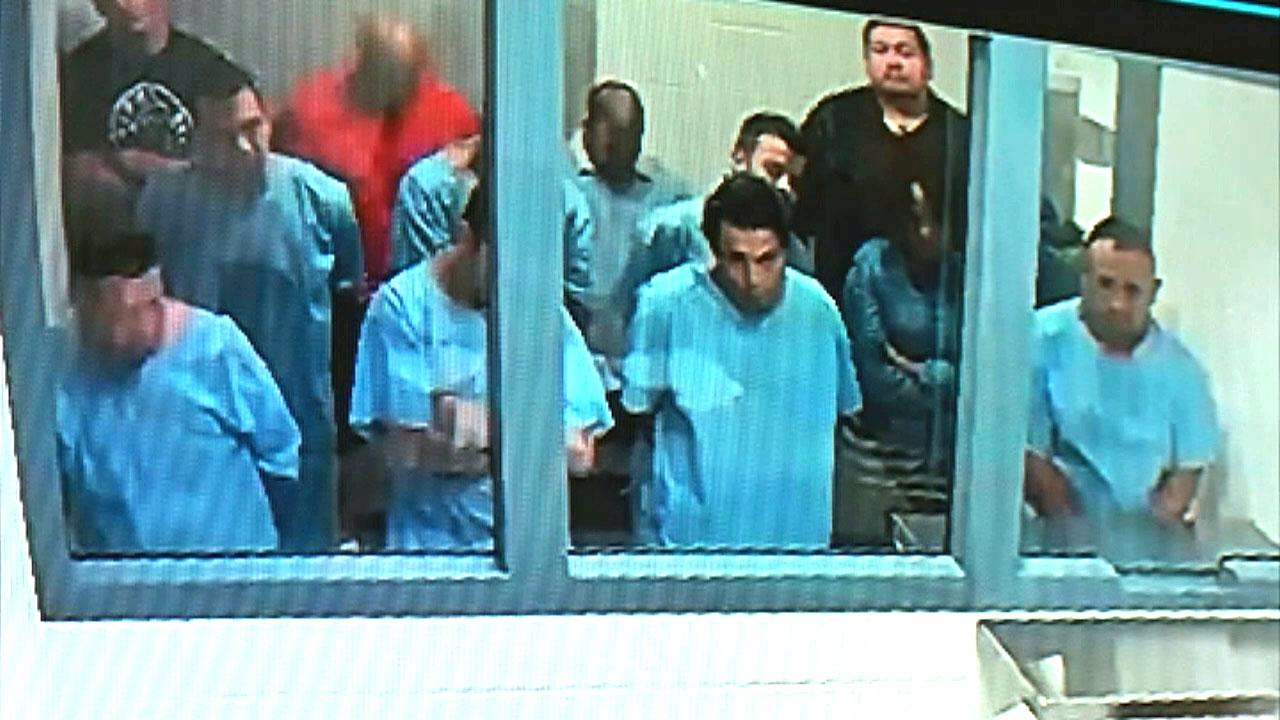 Men accused of trying to rob Texas jewelry store arraigned