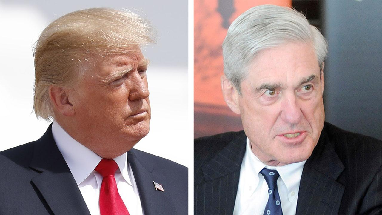 Trump takes aim at Robert Mueller
