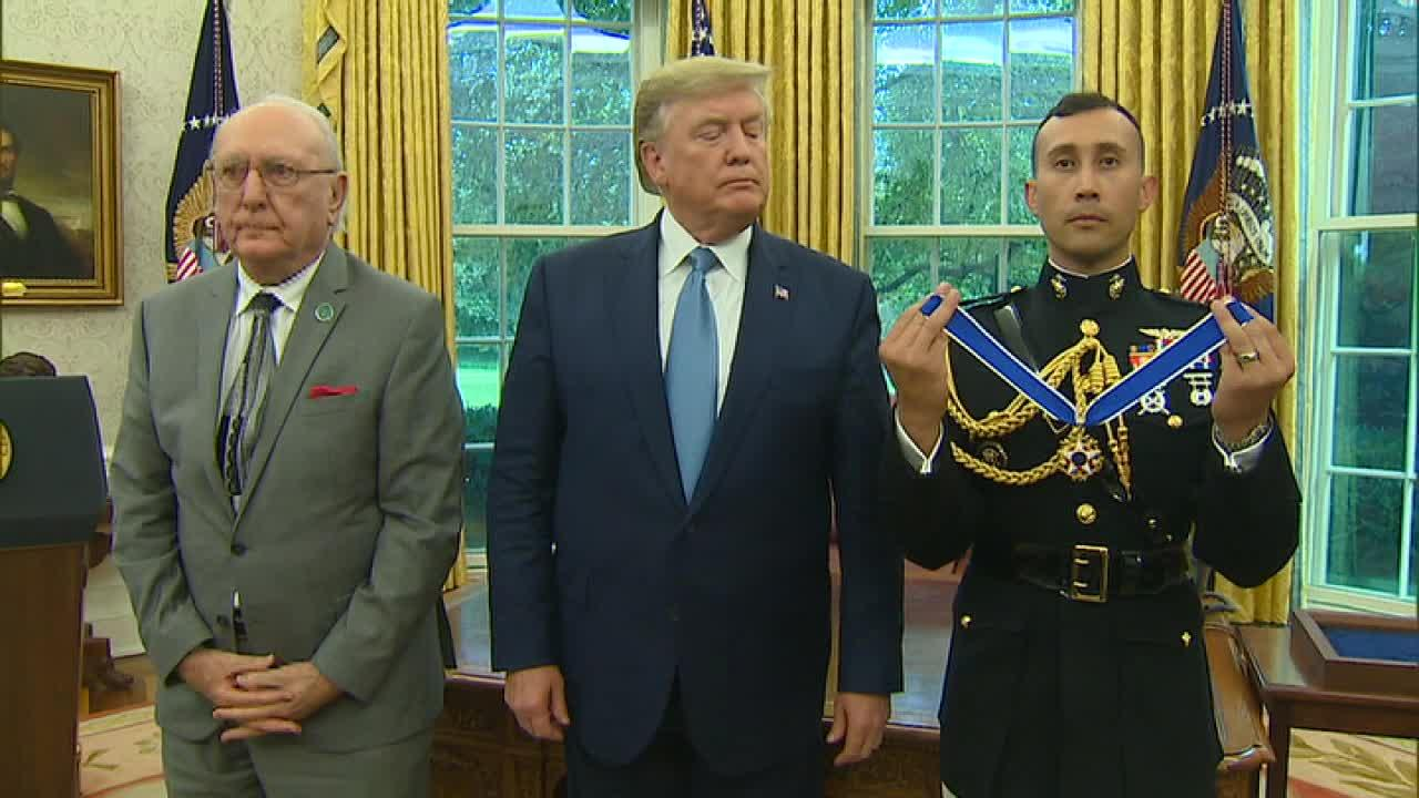 Trump awards Presidential Medal of Freedom to Bob Cousy
