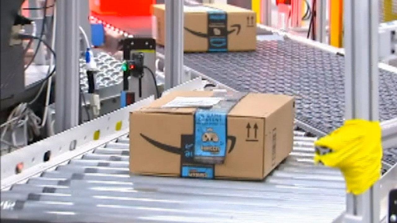 Fox Business Briefs: Investigation reveals more than 4,000 items have been declared unsafe by federal agencies and still remain on the Amazon site.