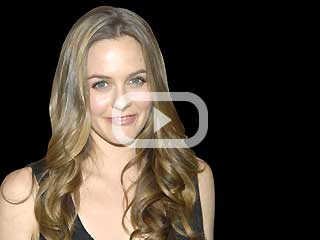 Alicia Silverstone : pinhead or patriot?