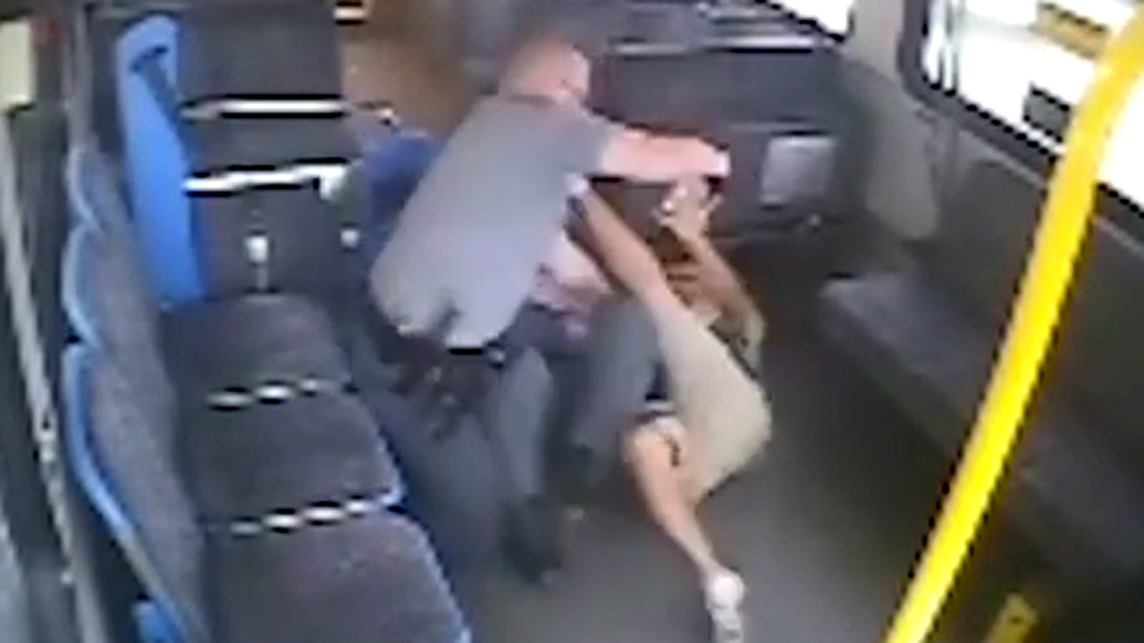 Warning, graphic video: Fatal shooting on city bus | Fox