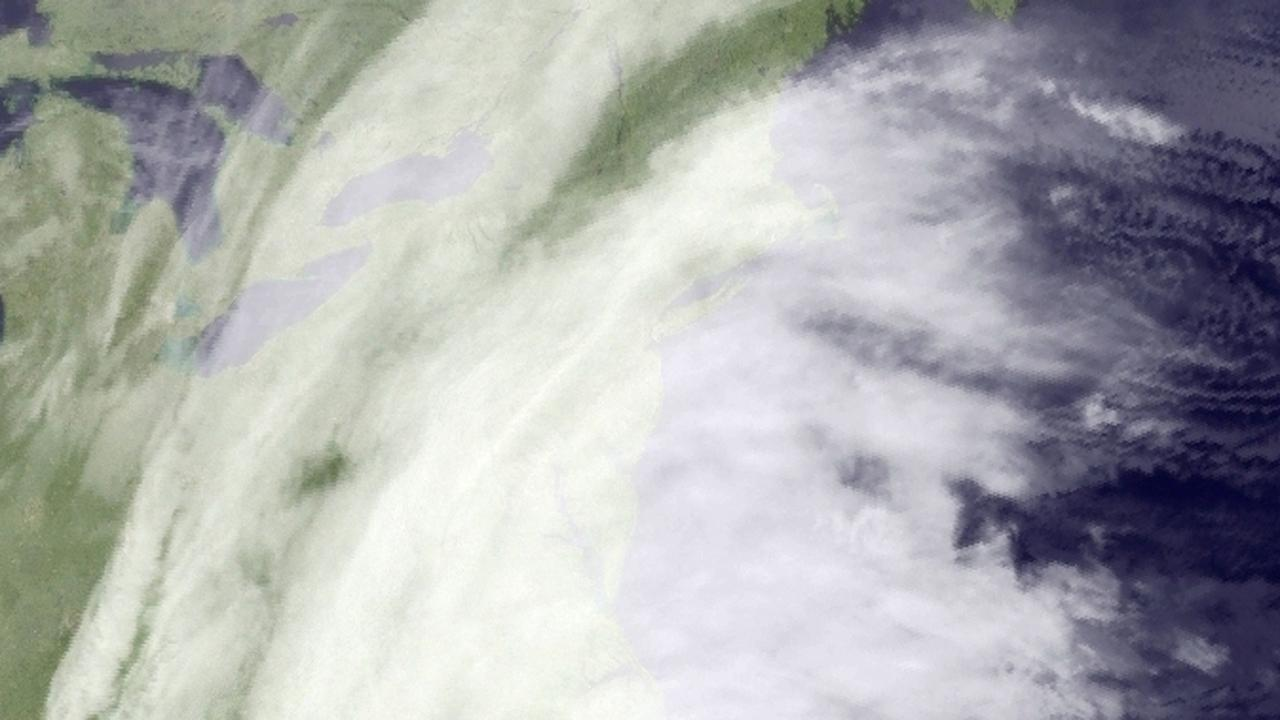 Massive Nor'easter moving up the East Coast
