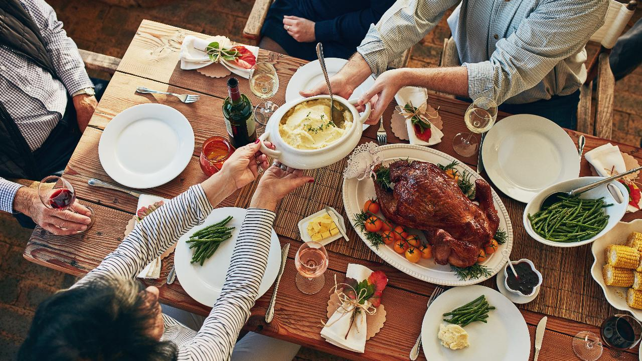 Thanksgiving dinner: 5 tips for saving calories