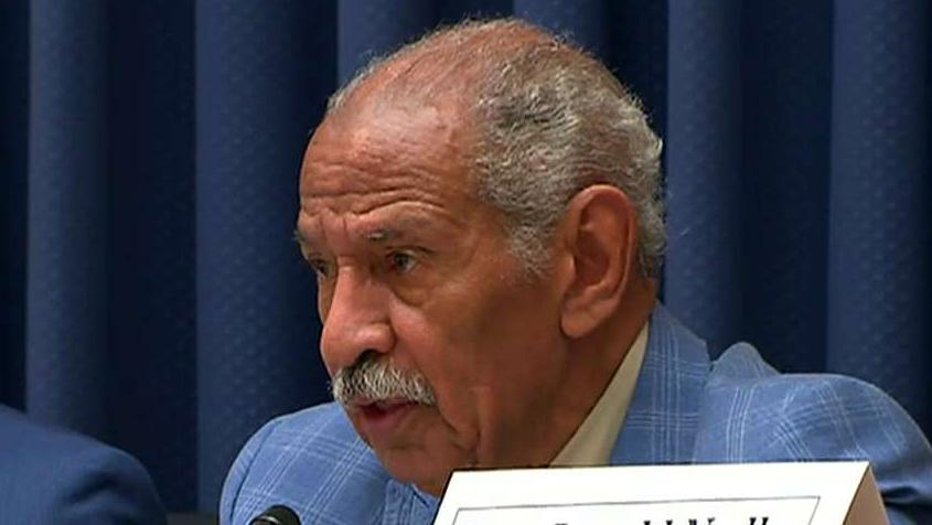 Conyers announces retirement, endorses son to replace him