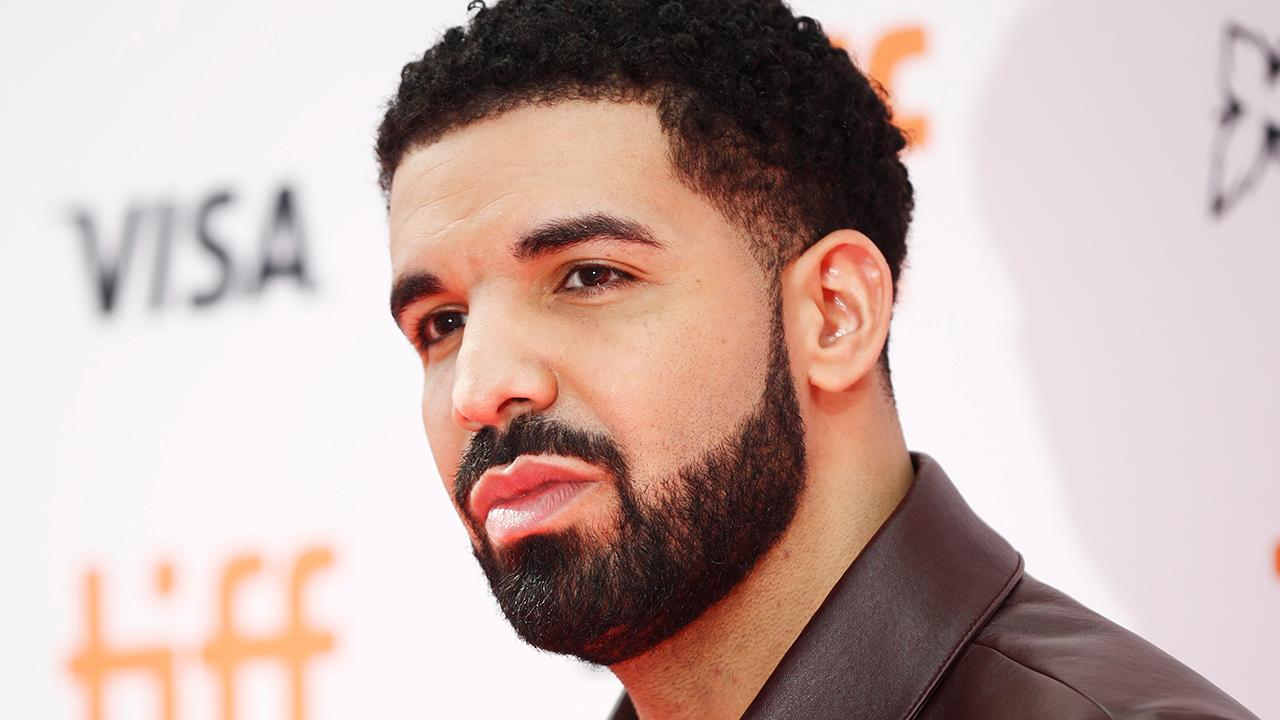 Drake's reported $400G custom iPhone case concerns fans