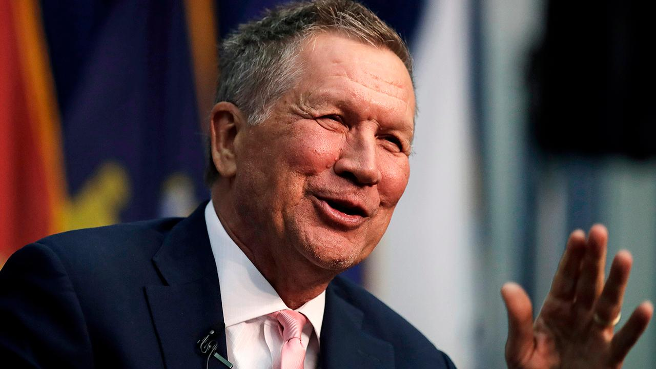 Kasich, in New Hampshire on challenging Trump in 2020, says 'all the options are on the table'