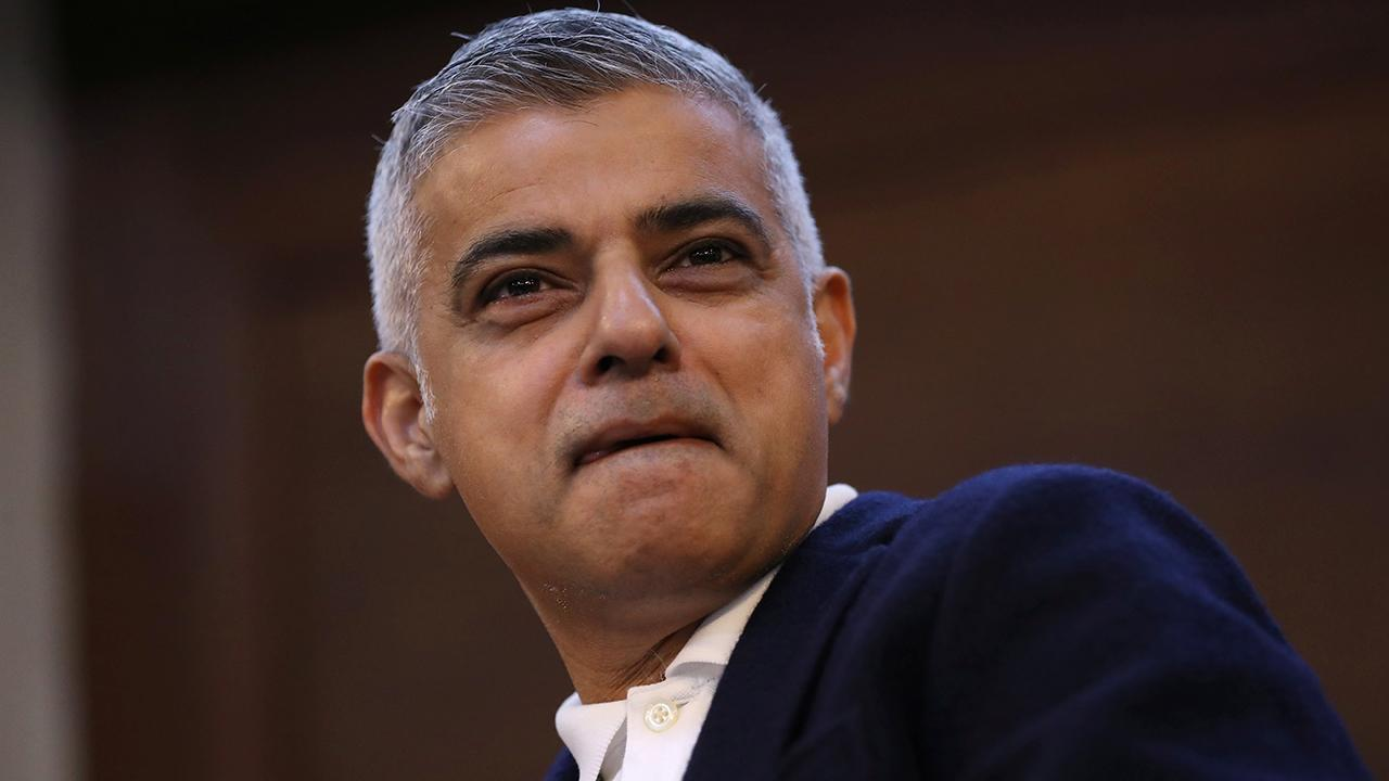 London mayor declares war on knives amid city's murder surge