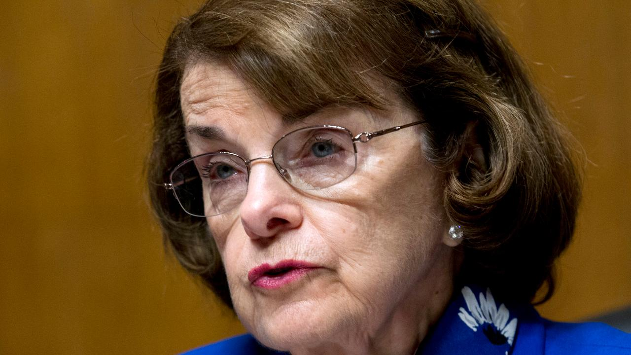 California Democrats snub Feinstein for leftist opponent