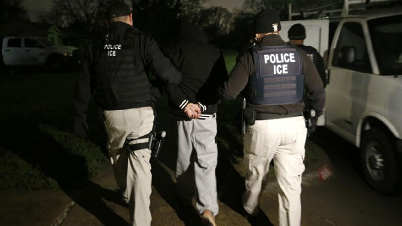 California bill could make ICE court arrests illegal