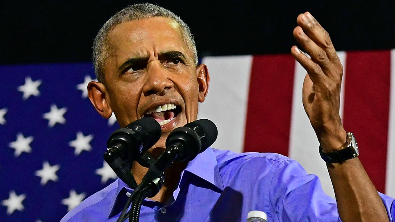 Obama speaks at Democratic rally